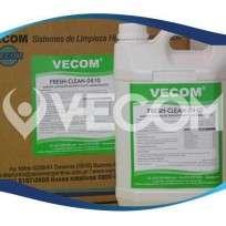 Fresh Clean Pino Limpiador Desinfectante Aromatizante Bidon X 5 Lts. Dilucion 1:60 Cod.Ve 0010